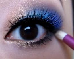 Dazzling Gemstone Eyes