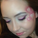 <3 Valentines day makeup.