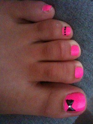 neon pink with sparkle bow