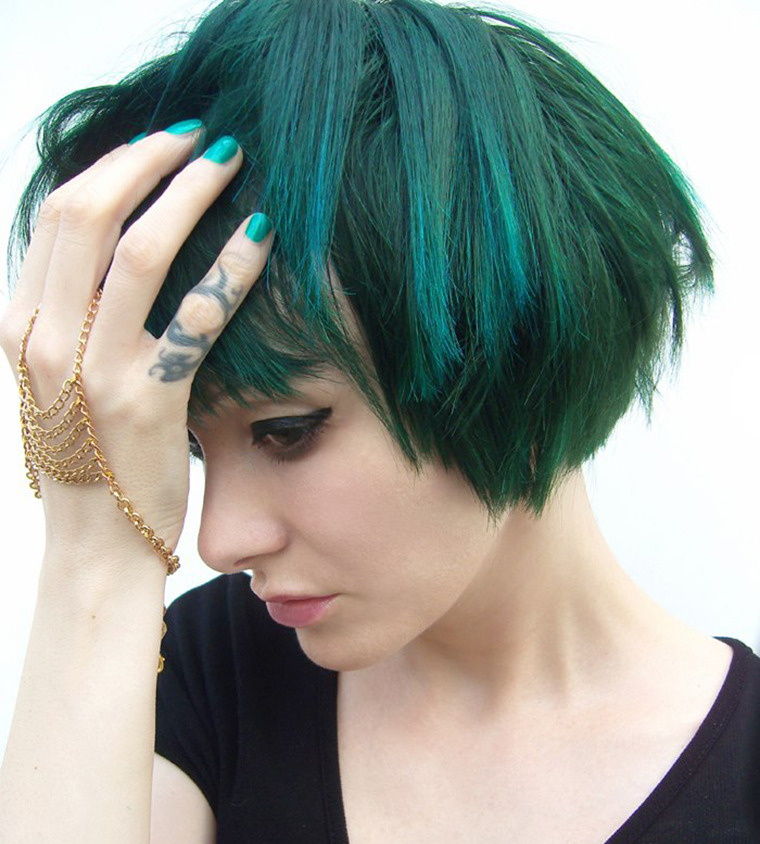 Rock This Look The Gothic Glam Of Tying Tiffany Beautylish