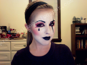 Harlequin make-up, partial side view
