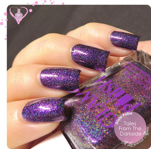 Part of the Gruesome Movie Duo by Glam Polish, exclusive to meimeisignatures.com Swatches and review on http://www.alacqueredaffair.com/Glam-Polish-Gruesome-Movie-Duo-35662513