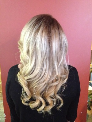 Blowout, then curled the bottom and around the face
