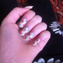 Flowery fake nails