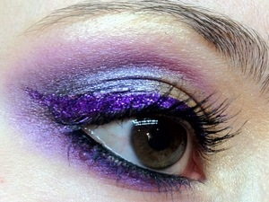 For my party and I decided to rock a gold and purple look with some Sugarpill Goldilux, Weekender and Poison plumb along with a fabulous Eye Kandy Sour grape winged eyeliner!