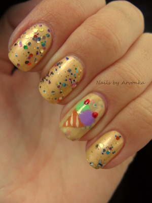 FOR MORE PHOTOS CLICK HERE: http://arvonka-nails.blogspot.sk/2012/11/zmrzlinovy-koktejl.html