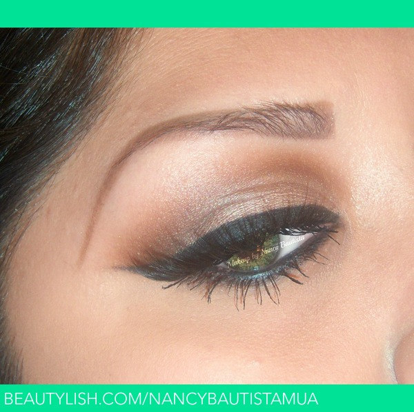 Sexy eye make-up