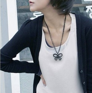 black bow necklace4