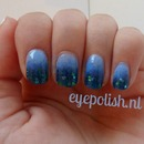 Blue ombre nail art