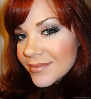 For more information on this makeup look, please visit:  http://www.vanityandvodka.com/2013/12/urban-decay-naked-3.html  xoxo, Colleen