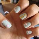 mint green nails :)