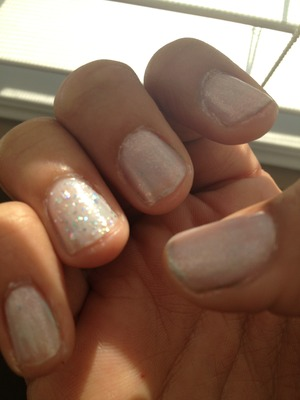 I used a nice light pink, white, and sparkle for this look :) love it!