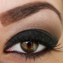 Black smokey eyes