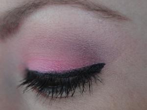 Using ELF Warm Eyeshadow Palette (Spring '12) http://www.neutrakris.com/2012/03/get-look-cool-caribbean.html