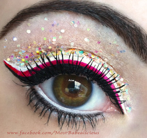 Sparkling Candy Cane Eyes