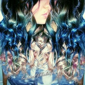 Hair tutorial! http://m.youtube.com/#/goddessdofmakeup?uid=_y68cQryUMZTGhLMJR5EFg&desktop_uri=%2Fgoddessdofmakeup