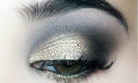 Wearable Gold Party Makeup (Urban Decay Naked Palette)