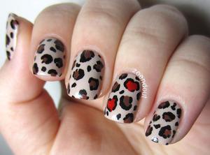 http://zoendout.blogspot.com/2013/02/leopard-lover.html