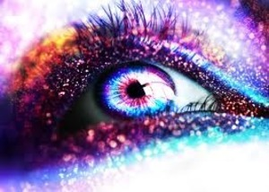 Vibrant Eyes with lots of sparkles and glam!