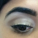 Simple everyday eyeshadow