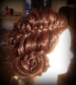 This is made up of just three plaits and ( quite a few) grips