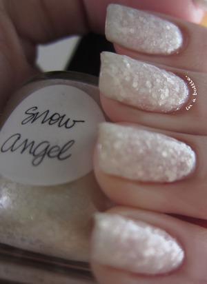 Lynnderella Snow Angel @gemsinabottle