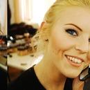 Vakra make-up