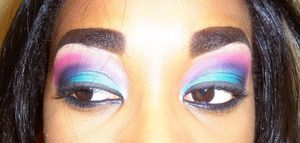 i love colorful eyes :D