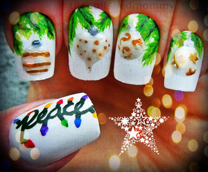 12 Days of Christmas: Lights/ Ornaments... http://www.thepolishedmommy.com/2012/12/peace-on-earth.html