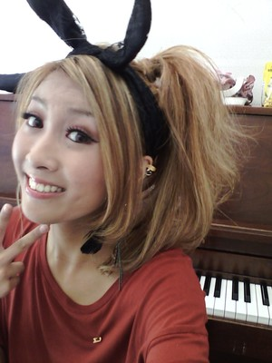 2011.9.26 changed my hairstyle at some point during the day~