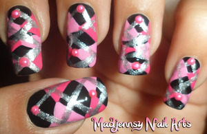 Nail design inspired by Scottish patterns