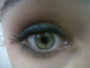 """inspired by Sam C.'s Easy Bright Summer Eyeliner video (: but instead of gold, i used a """"Sea Green"""" color (:"""