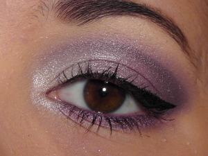 Rimmel Glam Eyes in Purple Reign.