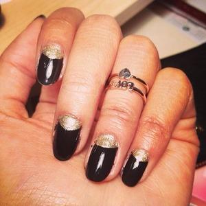 Illamasqua's nail polishes are amazing!! 💅💕 Lasted 2 weeks! 👌