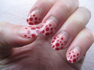 pink and red dot gradient