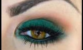 Lux Green Smokey Eyes