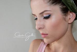 http://cacau-makeup.blogspot.com.br