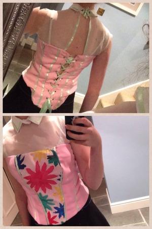 Finished my corset it's botanical themed