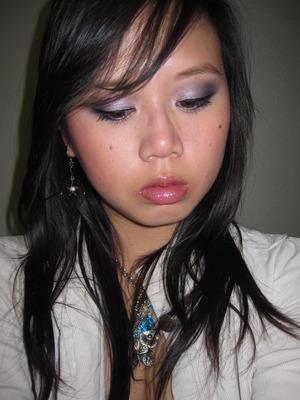 Romantic silvery purple look using INGLOT
