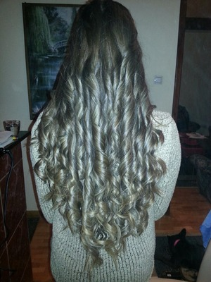 Uvijena volumen kosa