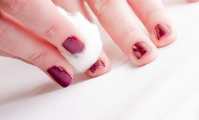 Creative Way To Remove Nail Polish