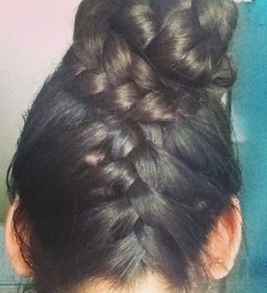 My first time doing the French braid & not sure if it looks very good, but I like it<3.. It also took me a while to do lol