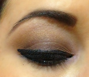 This is the way I love to wear my dialy eyeshadow.