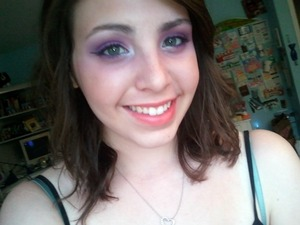 selena gomez love you like a love song makeup! :D