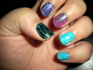 Nails: Testing all of China Glaze and OPI's Shatter and Crackle Nail Polishes