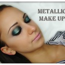 Metalic makeup