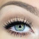 Big, round eyes