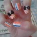 polkadot and stripe nails