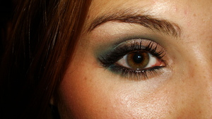 Smokey look using Urban Decay's Deep End