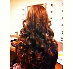 1. Heat protectant 2. Wrap hair around 1inch curling iron       *do not use clamp* 3. Hairspray